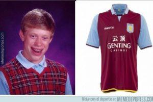 Ya descubrimos de dónde viene la mala suerte del Aston Villa. Foto:memedeportes.com. Imagen Por: