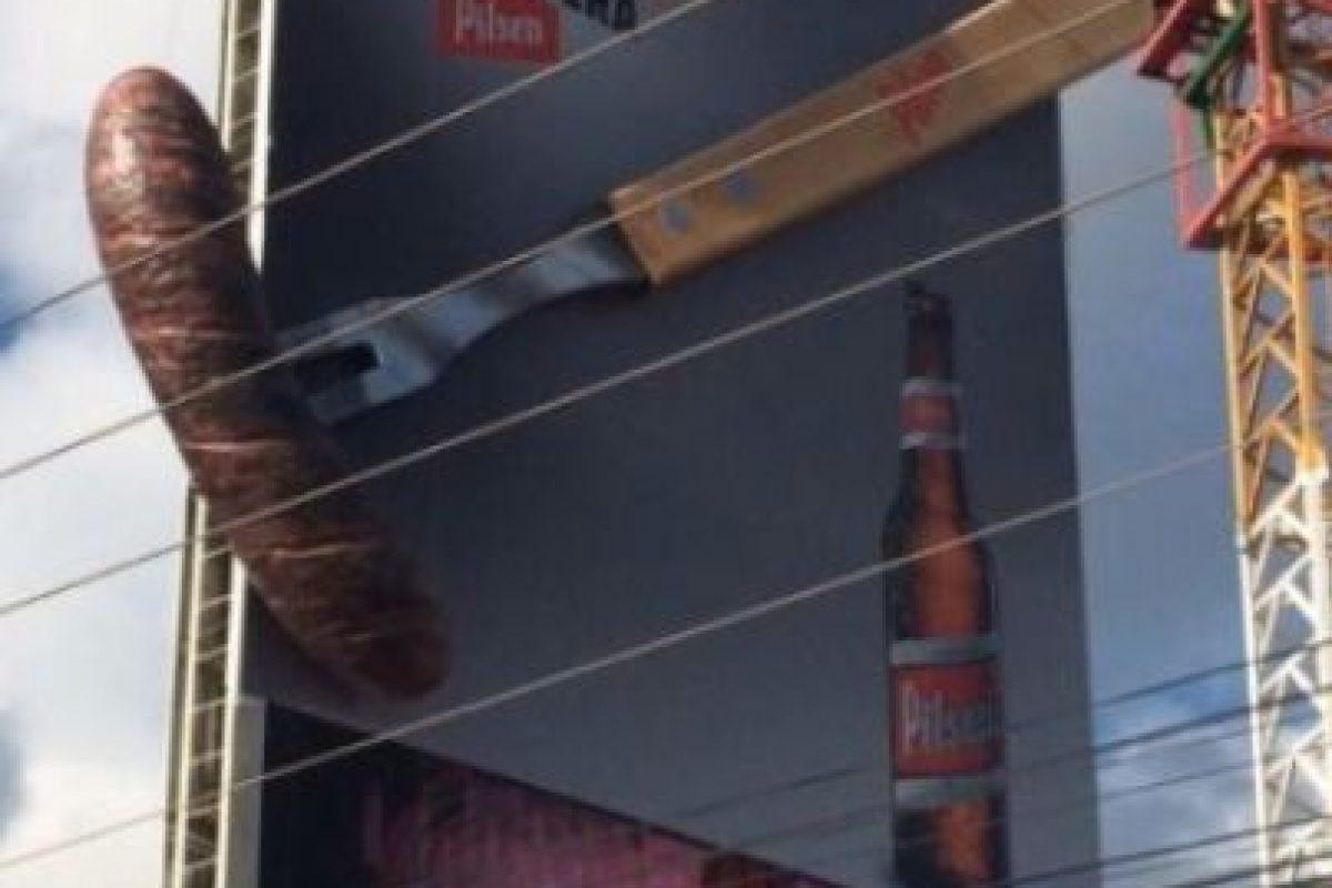 2. El polémico anuncio de empresa cervecera Foto:Imgur. Imagen Por: