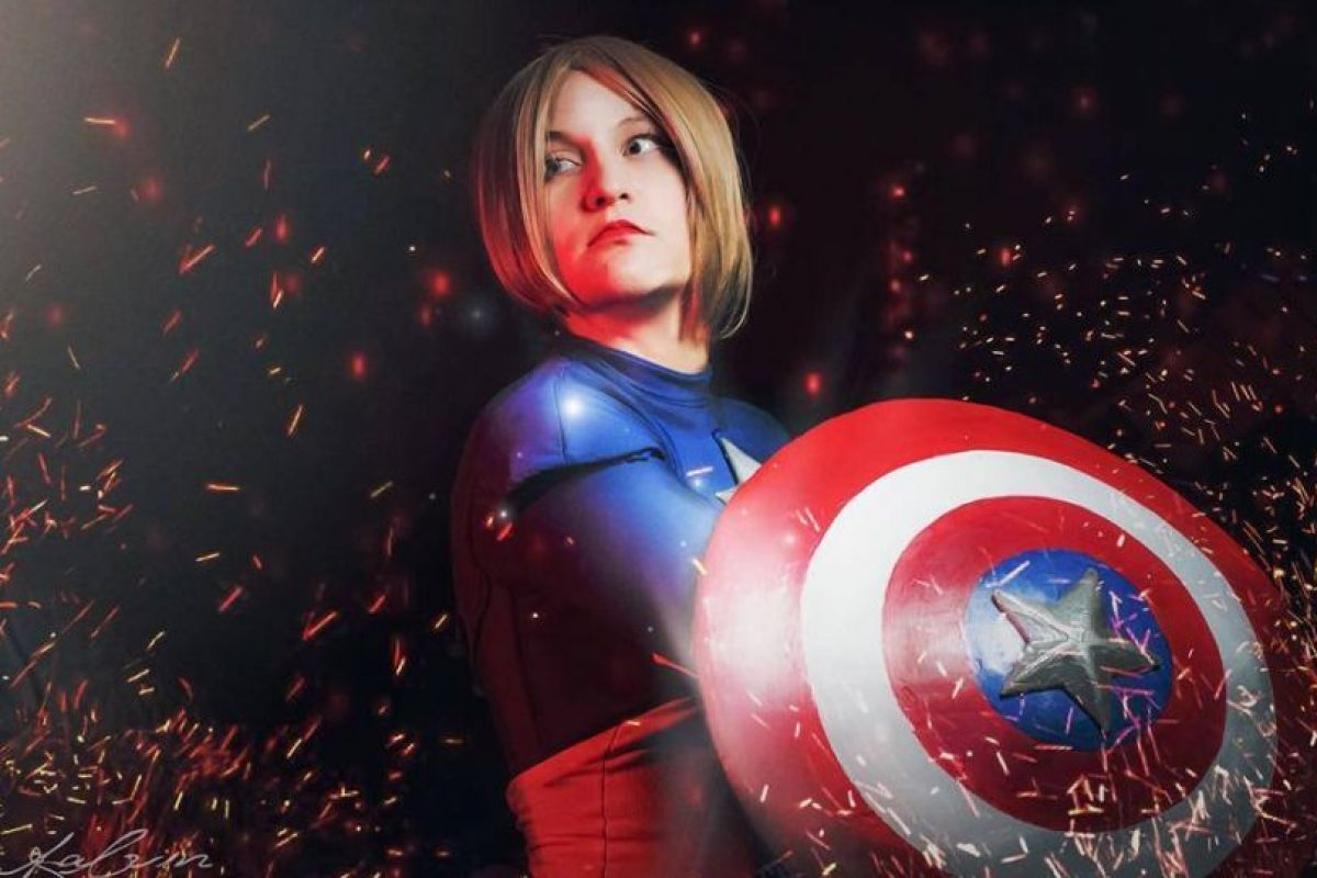 """O un """"genderbend"""" del Capitán América. Foto:vía The Curvy Geek. Imagen Por:"""