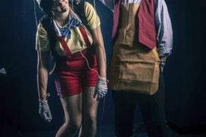 Pinocho y Gepetto. Foto:vía The Curvy Geek. Imagen Por: