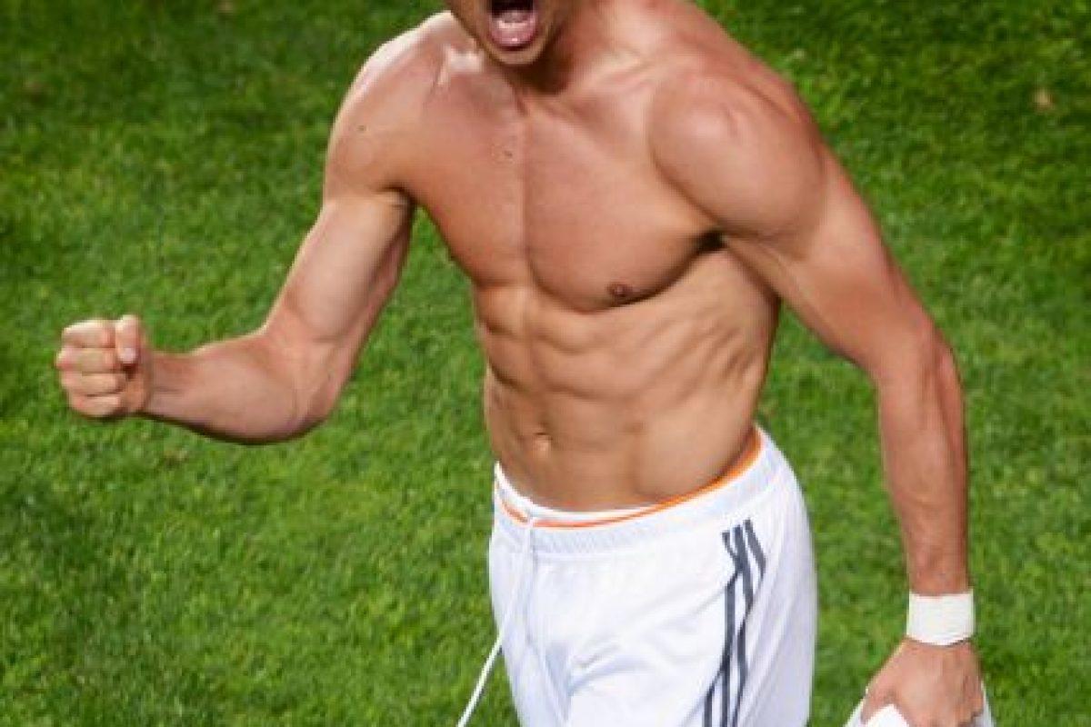 El astro portugués ha destacado, además de por su talento para el fútbol, por su espectacular físico. Foto:Getty Images. Imagen Por: