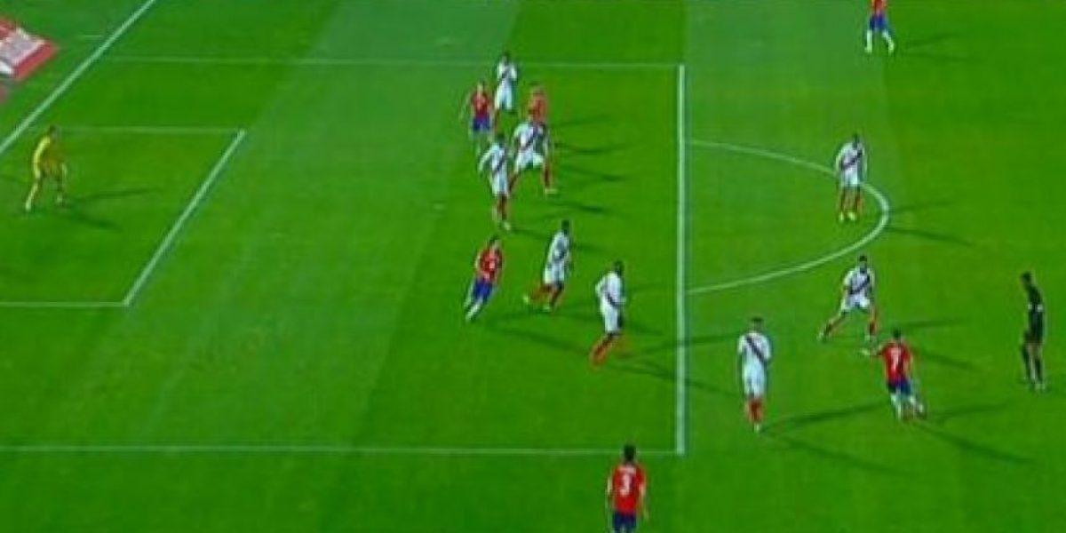 Pol mica en las redes el primer gol de chile fue fuera for Fuera de lugar futbol