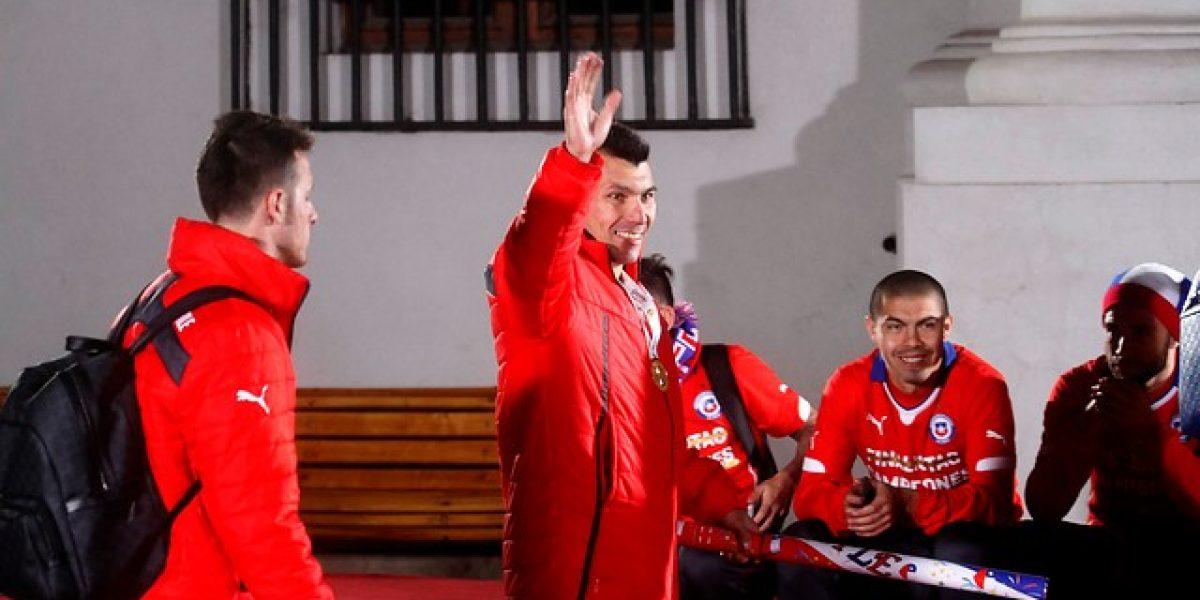 Bachelet, Jadue y la Copa: los jugadores de la Roja festejaron en La Moneda