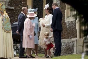 En los invitados estaba se encontraba la reina Elizabeth II Foto:AP. Imagen Por: