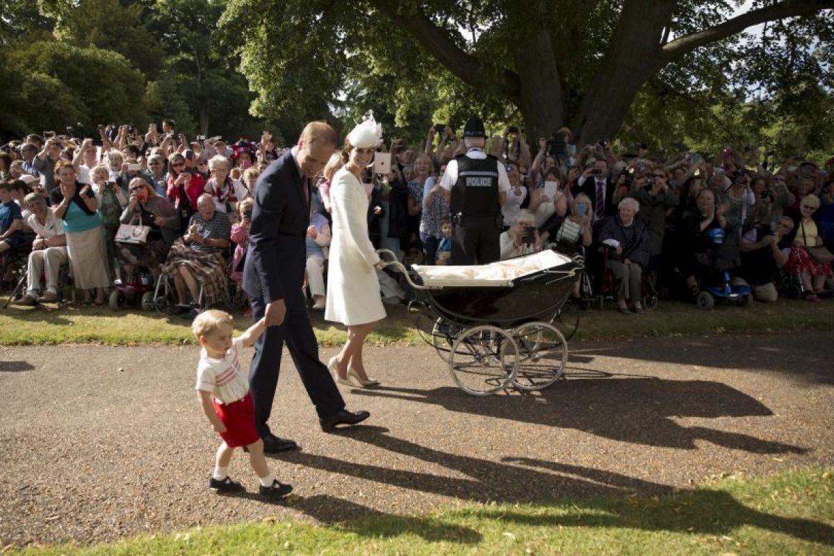 La realeza intento que la ceremonia fuera intimo. Foto:AP. Imagen Por: