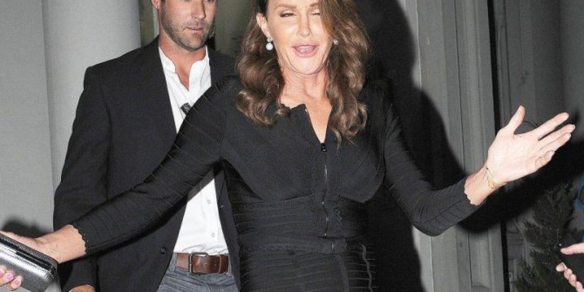 El atractivo hombre que cuida los pasos de Caitlyn Jenner