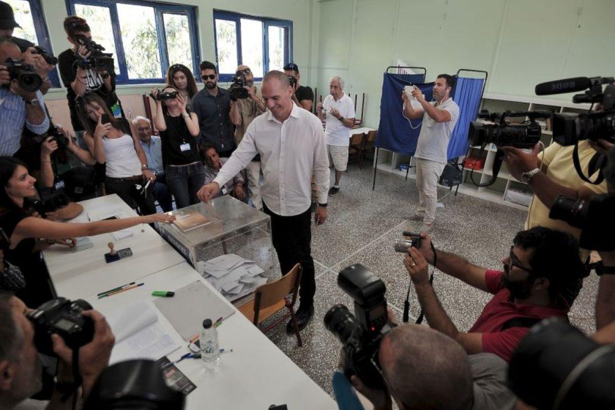 El presidente griego, Prokopis Pavlopoulos, pidió a los griegos seguir unidos sin importar el resultado. Foto:AP. Imagen Por: