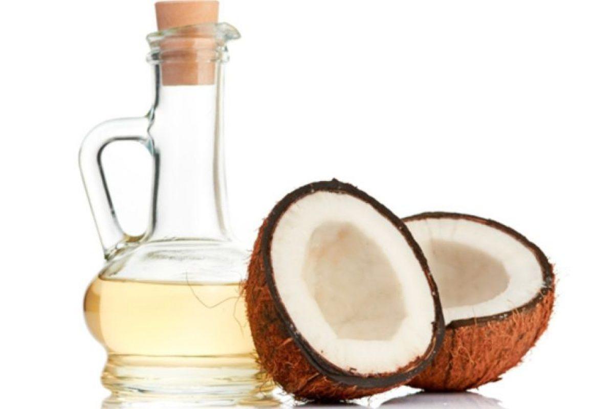 12. Aceite de coco. LO QUE SE DICE: Aceite que sirve para adelgazar, prevenir el cáncer, para piel y pelo. Foto:Tumblr. Imagen Por: