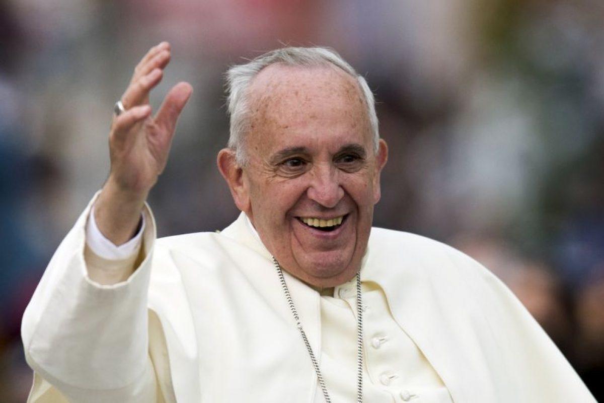 El papa Francisco llegó a Ecuador, como primer destino en su gira por Latinoámerica. Foto:AFP. Imagen Por: