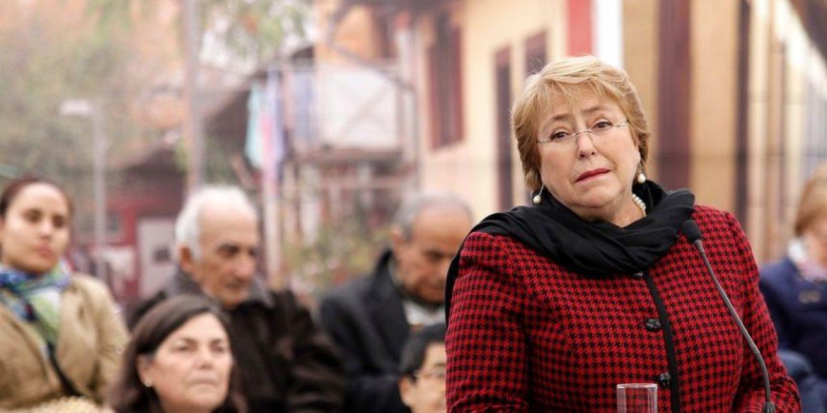 Cadem: Bachelet cae en aprobación y Copa América no le favoreció