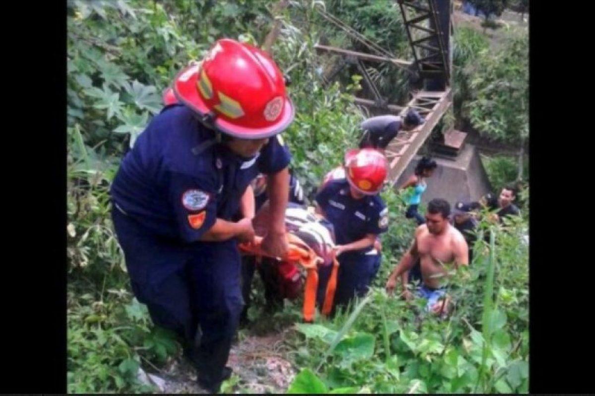 Su mamá Claribel Pérez agradeció la ayuda de cientos de personas. Foto:Publinews Guatemala. Imagen Por: