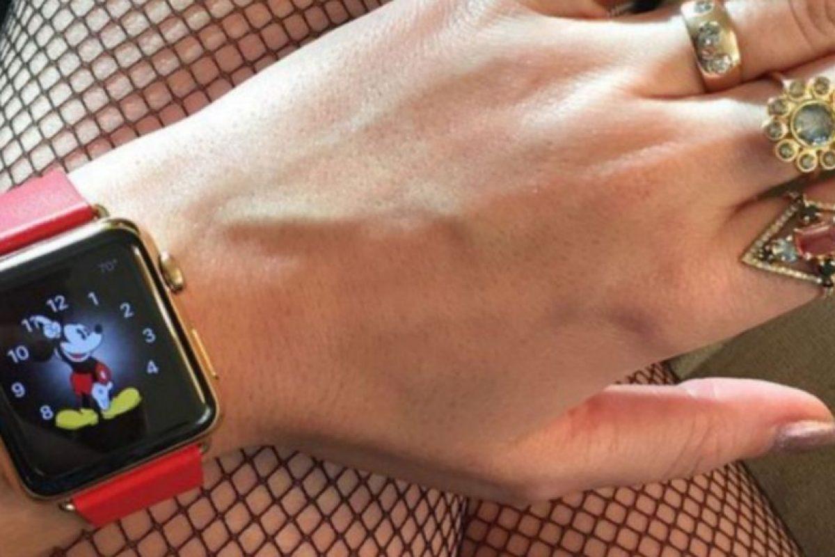 La cantante Katy Perry fue de las primeras en mostrar el Apple Watch antes de su preventa. Foto:instagram.com/katyperry. Imagen Por: