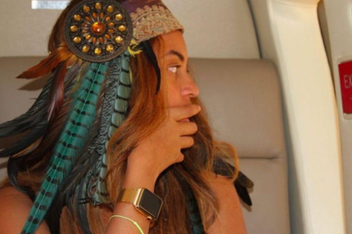 Beyoncé, la cantante de R&B estadounidense presume el reloj en su página oficial. Foto:beyonce.com. Imagen Por: