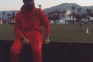 Drake, cantante de pop, posó el modelo y como fondo el festival Coachella. Foto:instagram.com/champagnepapi. Imagen Por: