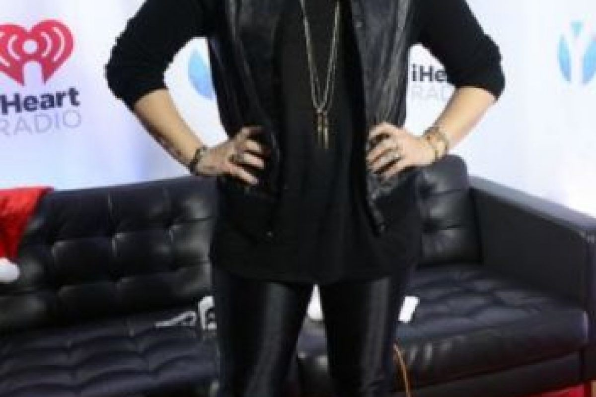 """Demi Lovato: esta cantante ha tenido problemas con desórdenes alimenticios. Respondió a quienes la criticaron a través de Twitter """"¿Adivinen qué? Soy saludable y feliz y si me odian por mi peso, es porque ustedes no lo son."""" Foto:vía Getty Images. Imagen Por:"""