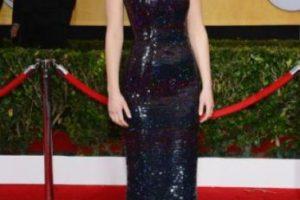 """Jennifer Lawrence: muchas personas dijeron que esta actriz estaba muy gorda para representar a Katniss Everdeen en The Hunger Games. Lawrence respondió a través de una entrevista con Elle diciendo """"Nunca me mataré de hambre por un papel… no quiero que niñas pequeñas digan, 'me quiero parecer a Katniss así que no cenaré'. Es algo de lo que estuve mu consciente durante mi entrenamiento"""". Foto:vía Getty Images. Imagen Por:"""