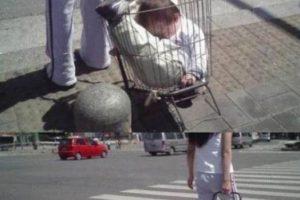 Según el portal Familias.com, esto los hará arruinar la vida de sus hijos para siempre. Foto:vía Epicfail.com. Imagen Por:
