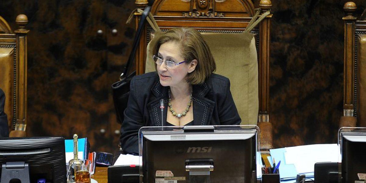 Adriana Muñoz reemplaza a Navarro en vicepresidencia del Senado