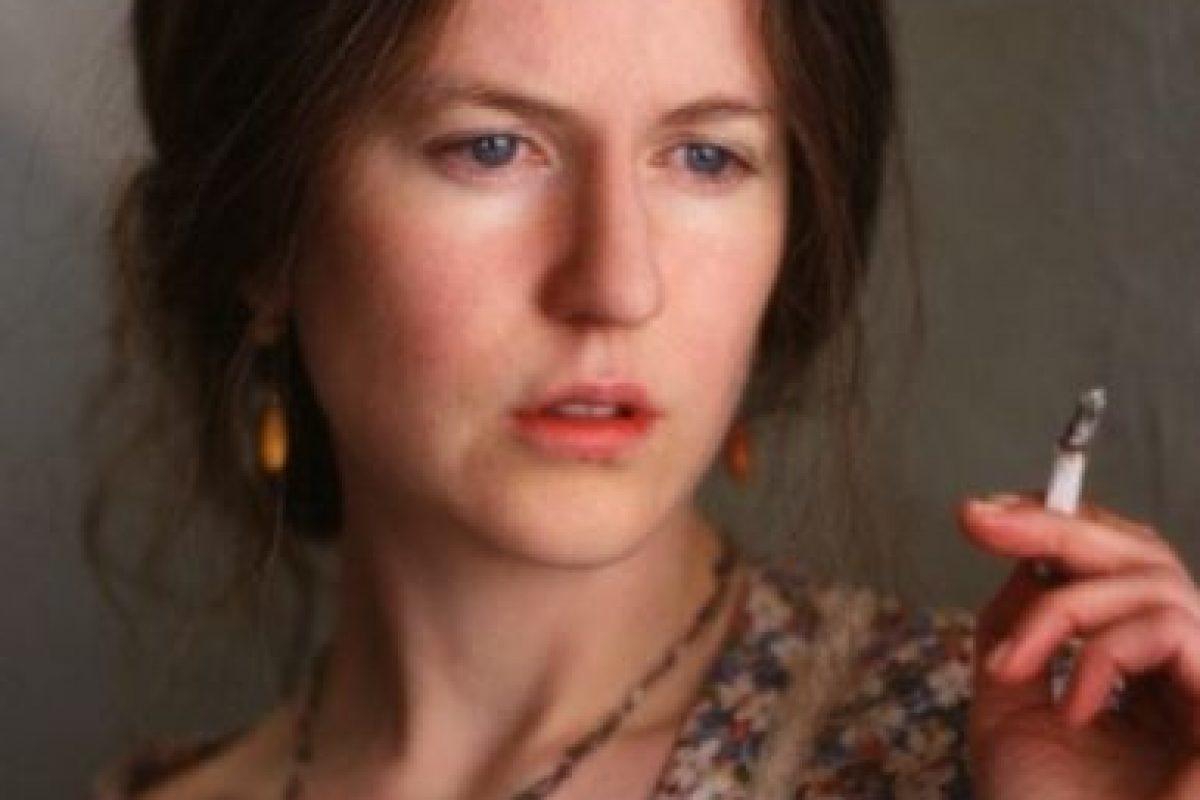 """Kidman cambió la forma de su nariz, convirtió su rubia melena en una castaña y se despojó de todo el maquillaje para interpretar a """"Virginia Woolf"""". Foto:IMDB. Imagen Por:"""