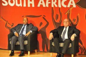 Después del Mundial de Sudáfrica 2010, 35 miembros ejecutivos de la FIFA recibieron 4.4 millones de dólares en bonos, quizá esta sea una de las tantas razones por la cual el organismo está envuelto en un escándalo de corrupción. Foto:Getty Images. Imagen Por: