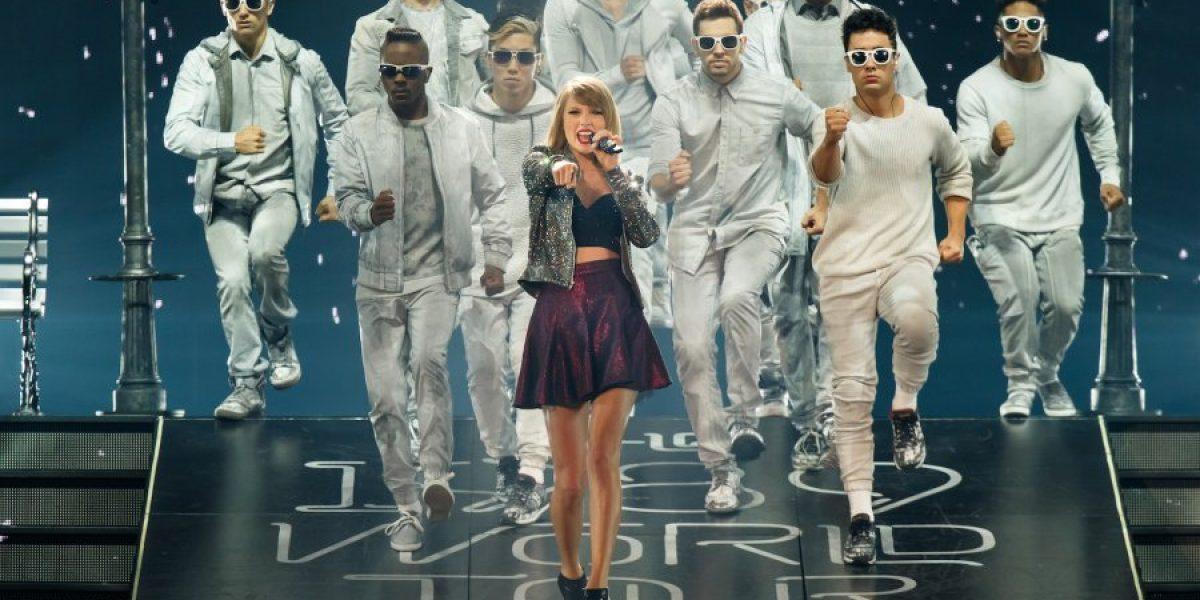 Taylor Swift dona 50 mil dólares a una niña con cáncer