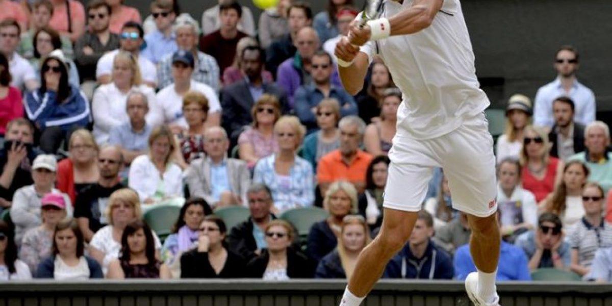 Djokovic sigue firme en su defensa y se instaló en las semis de Wimbledon