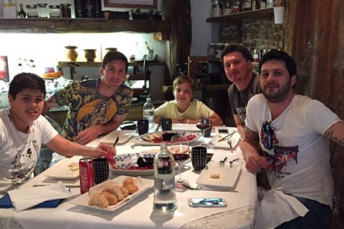 """Esto, para apoyar a la """"Pulga"""" en la final que Argentian disputó ante Chile. Foto:Vía instagram.com/leomessi. Imagen Por:"""