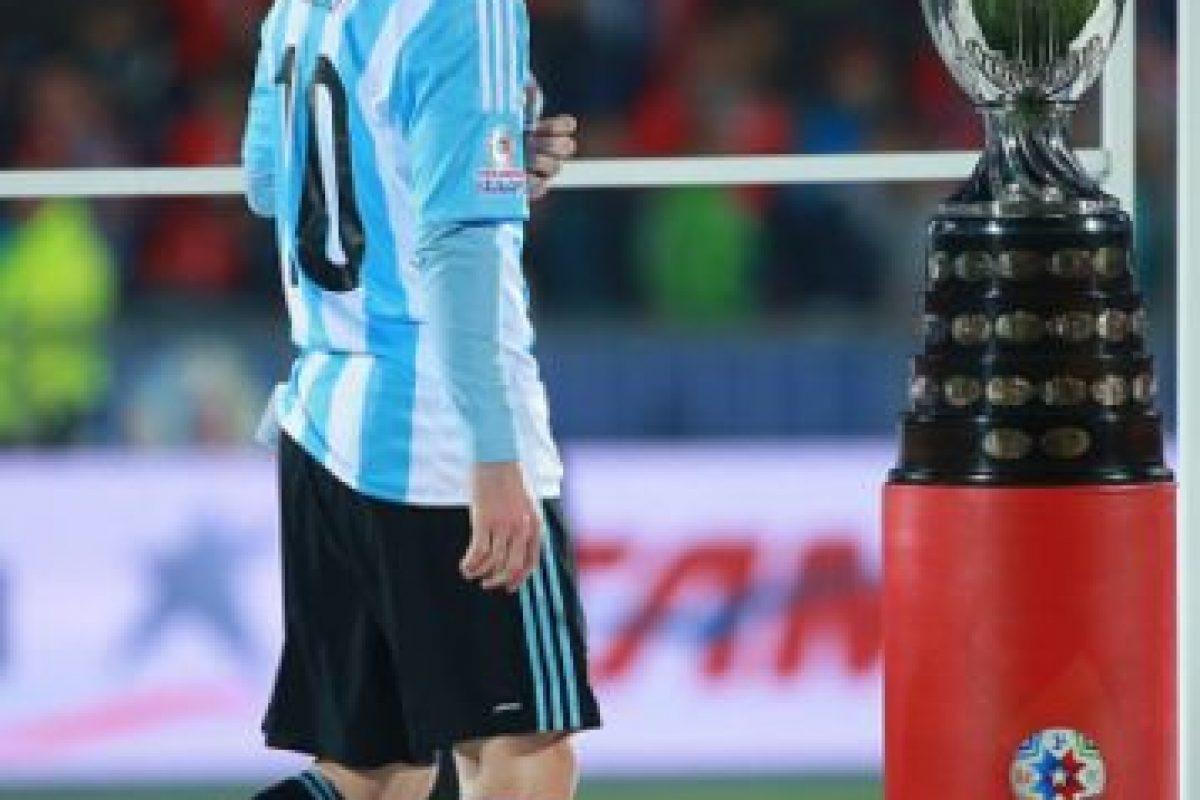Por ello, comenzaron a dedicarles varios insultos a la familia del Argentino. Foto:Getty Images. Imagen Por: