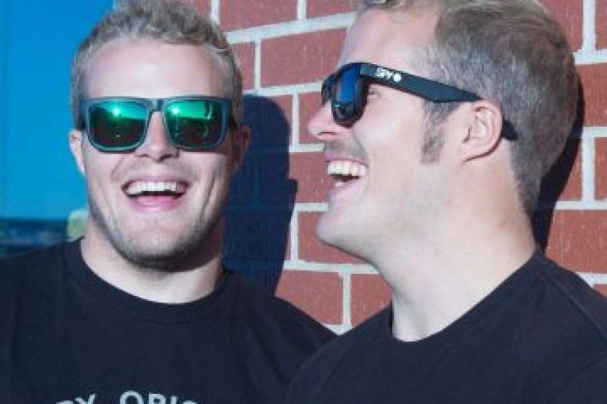 Son dos hermanos que compiten juntos en la prueba de vela. Foto:Vía facebook.com/fergusonsailing. Imagen Por: