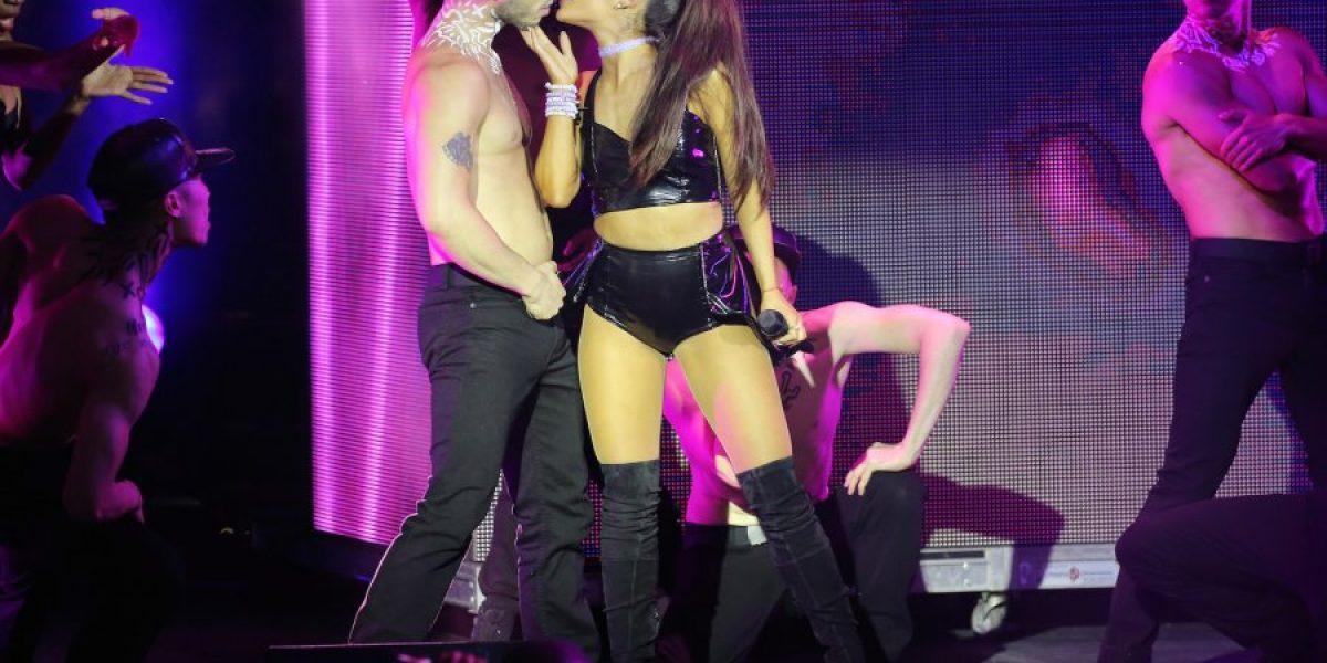 Ariana Grande ofrece disculpas en las redes sociales tras ofender a los estadounidenses