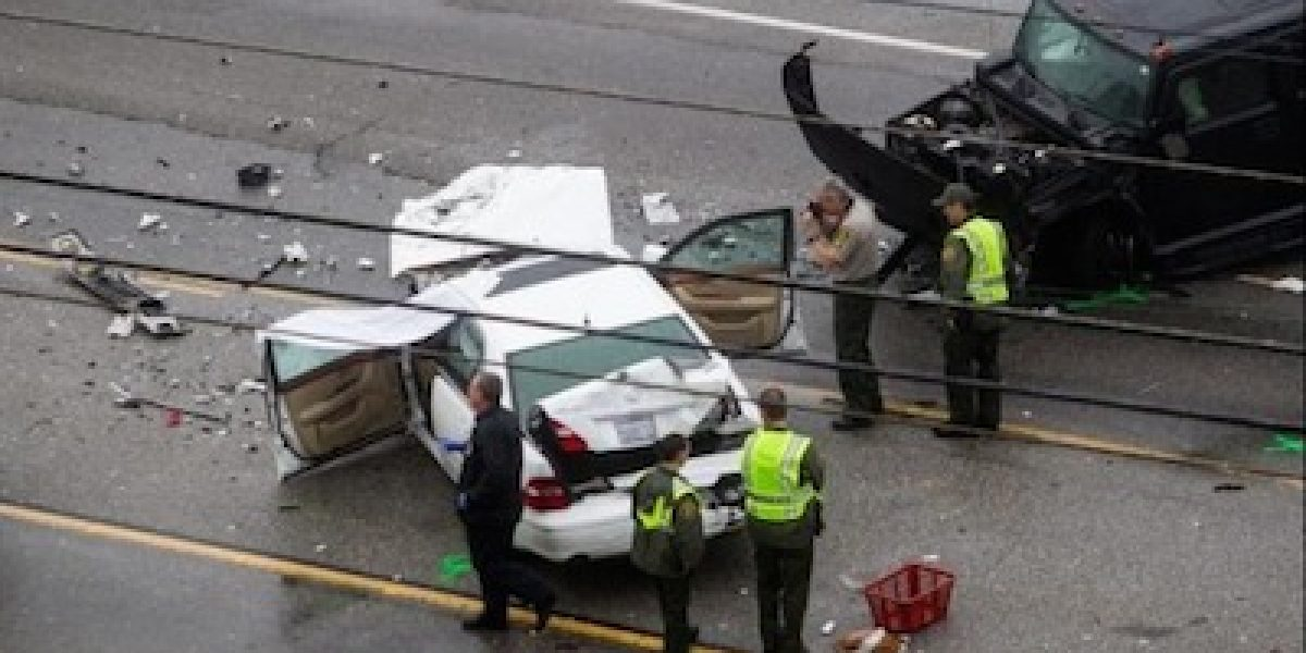 Revelan video del fatal accidente que involucró a Caitlyn Jenner