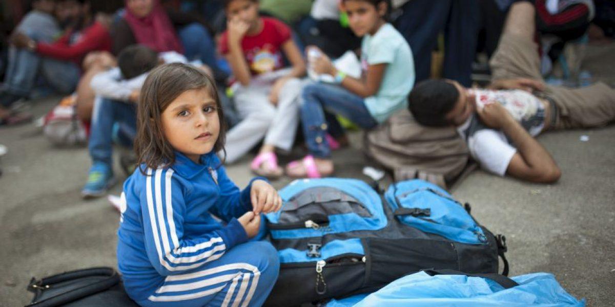 Francia realizará examen de huesos obligatorio a migrantes