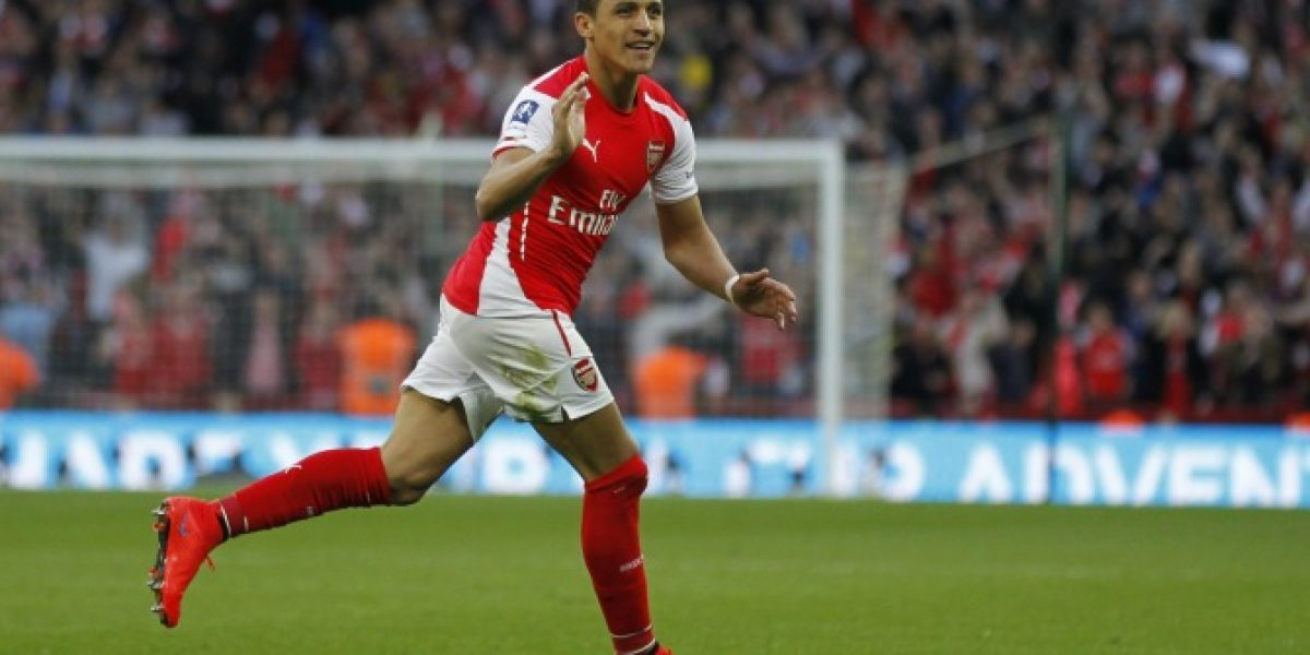 Video: El festejo del Arsenal al cumplirse un año del fichaje de Alexis