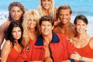 """¿Se acuerdan de ellos? Los """"Baywatch"""" eran los salvadores de San Francisco. Pero ahora existen los de Nueva York. Foto:vía NBC. Imagen Por:"""