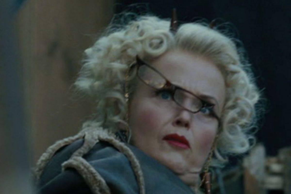 Rita Skeeter terminó bastante mal. Ella se podía convertir en un escarabajo y así Hermione la capturó para que dejara de escribir mentiras. Foto:vía Warner Bros. Imagen Por: