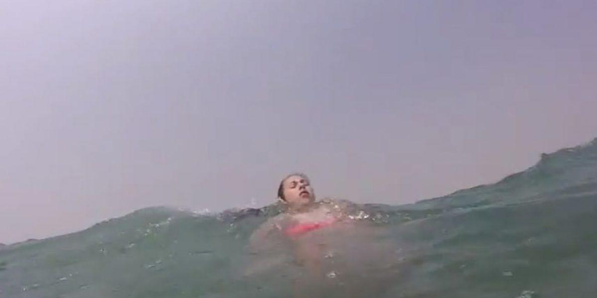 Odiado y ahora amado: niña se salva de morir ahogada por un