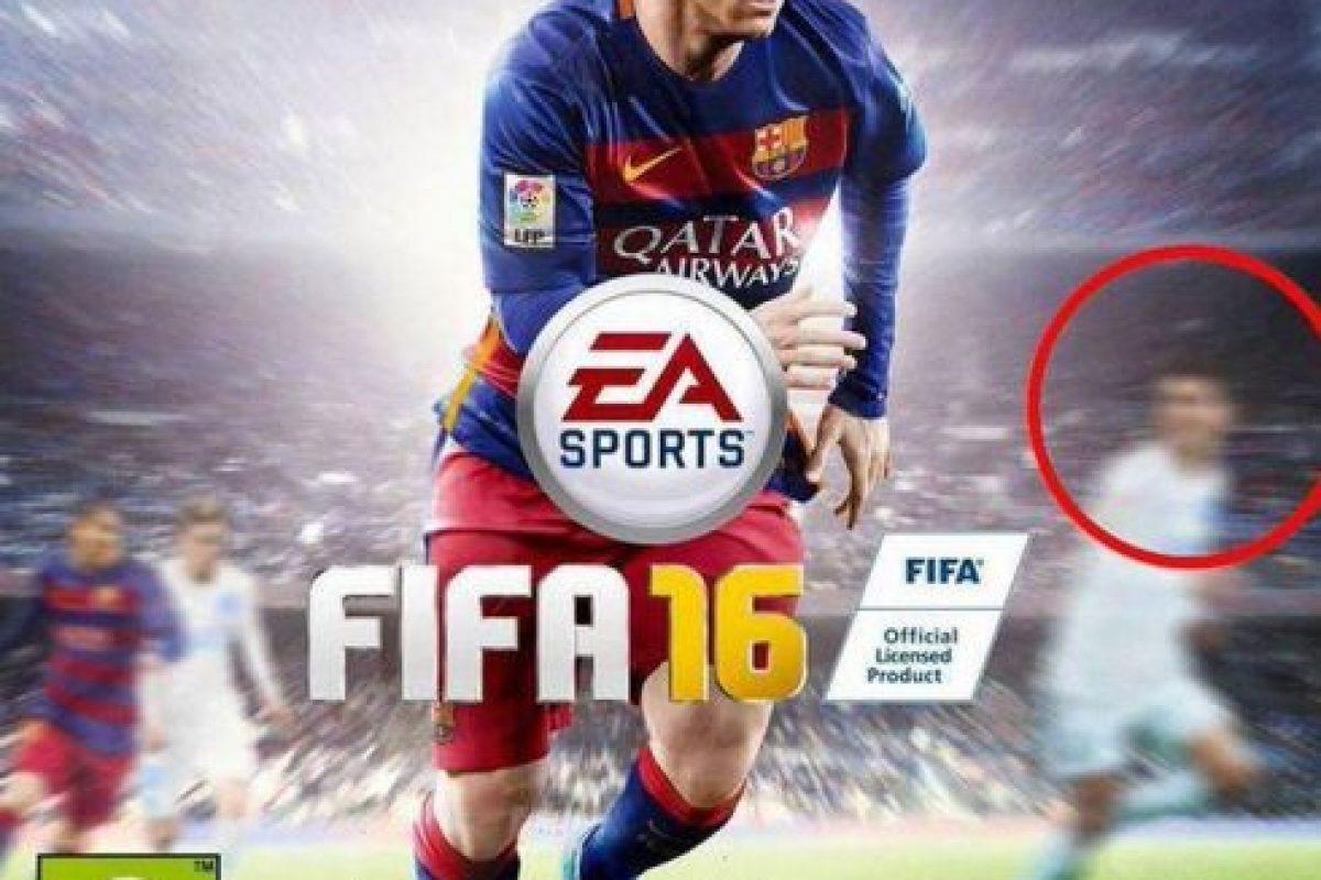 """Aunque Messi es la estrella de la portada, Cristiano Ronaldo también aparece en el """"FIFA 16"""". Foto:Twitter. Imagen Por:"""