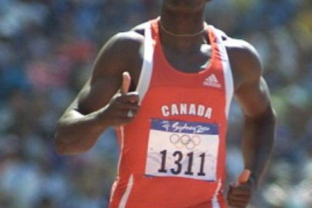 Se retiró en 2001, tras no clasificar para la final de 100 metros lisos en Edmonton. Foto:vía Getty Images. Imagen Por: