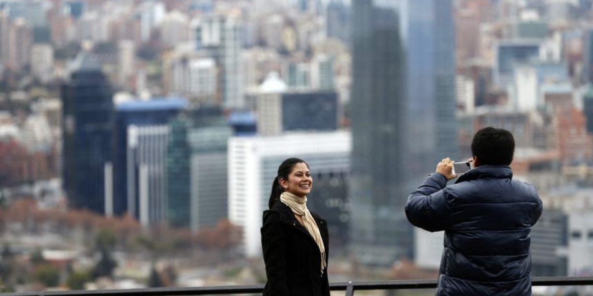 Las hermosas imágenes de un Santiago sin smog tras la lluvia