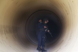 A Joaquín Guzmán Loera se le busca en todos lados Foto:AP. Imagen Por: