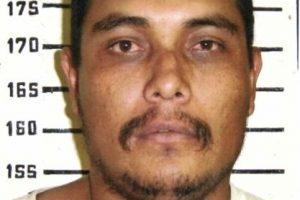 Se le busca por violación y asesinato de dos mujeres en 1998. Probablemente reside en Durango, México, informa la agencia estadounidense. Se ofrecen 100 mil dólares por información que lleve a su captura. Foto:FBI.gov. Imagen Por: