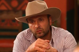 """Joavany Álvarez interpretó a """"Pedro Motoa"""", basado en el narcotraficante Jorge Luis Ochoa y uno de los tres hermanos que también hacía parte del Cartel de Medellín. Foto:vía Caracol Televisión. Imagen Por:"""