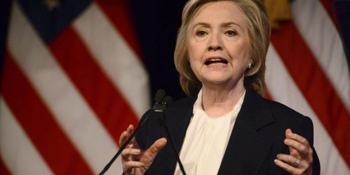Hillary Clinton propone medidas para ayudar a la clase media