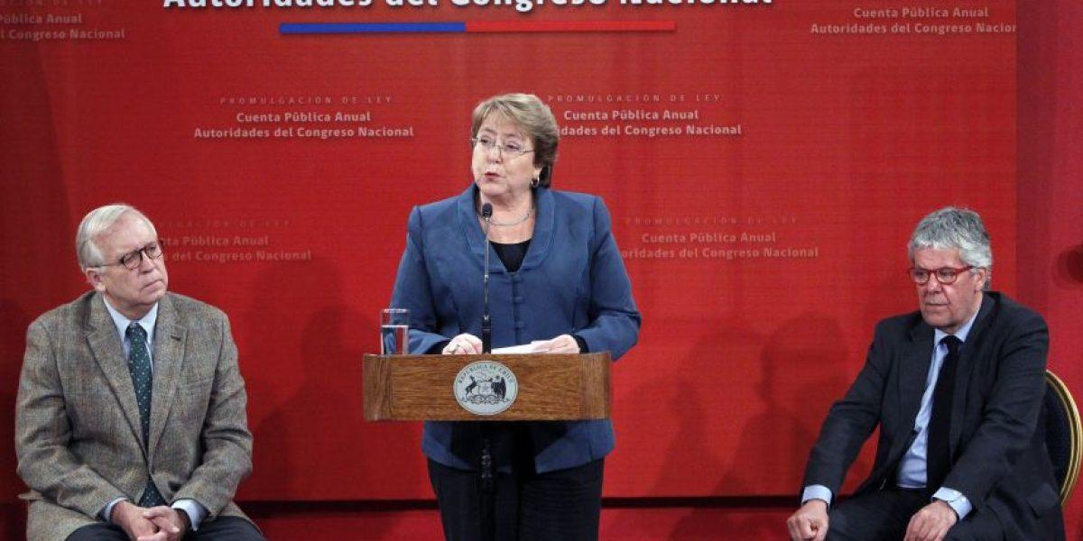 Bachelet promulga Ley que obliga al Congreso a rendir cuenta pública anual