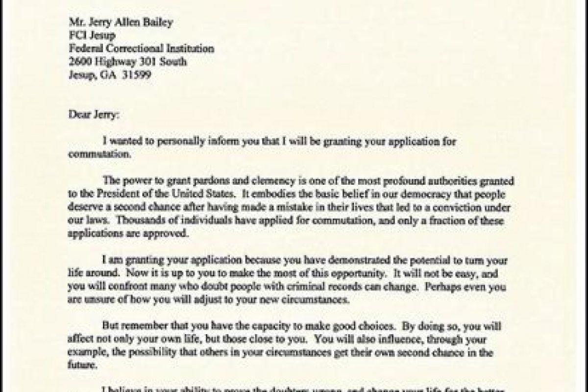 Esta fue la carta que envió el presidente a todos aquellos que recibieron el perdón. Foto:Vía Twitter @WhiteHouse. Imagen Por: