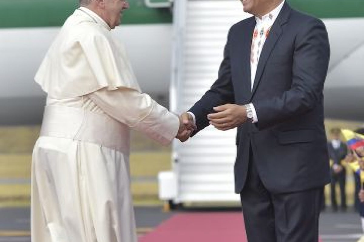 3. Este se llevó a Roma el polémico crucifijo. Foto:AP. Imagen Por: