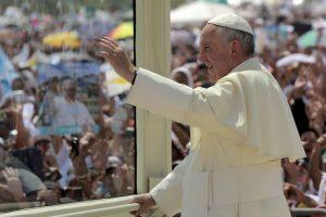 5. En Paraguay el Papa ofreció una misa ante más de un millón de personas. Foto:AP. Imagen Por: