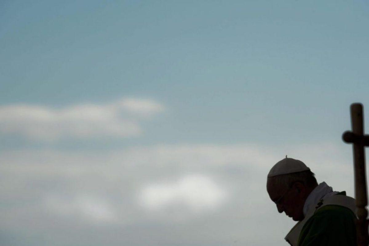 En su primera gira por latinoamérica el Papa visitó, Ecuador, Bolivia y Paraguay. Foto:EFE. Imagen Por: