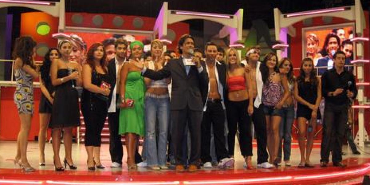Siguen los cambios: TVN habría desvinculado a histórico productor