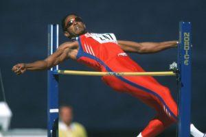Considerado el mejor atleta de salto de altura ganó tres títulos panamericanos: Indianápolis 1987, La Habana 1991 y Mar del Plata 1995 Foto:Getty Images. Imagen Por: